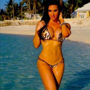 Leopard pattern bikini